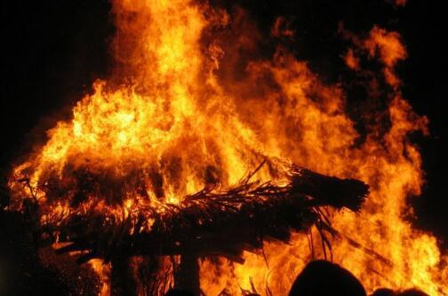 什么样的火灾不能用水扑救?