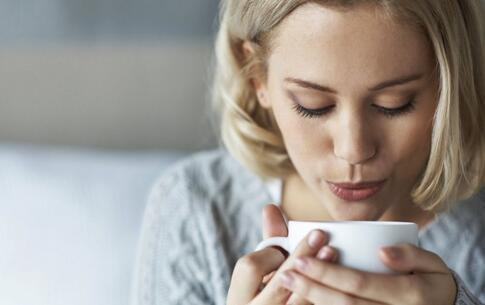 女性喝茶的好处 女性喝茶好吗 美容的功效 肥胖症 绿茶
