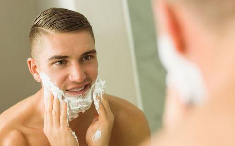 男士剃须刀 清洁 卫生 男性用品