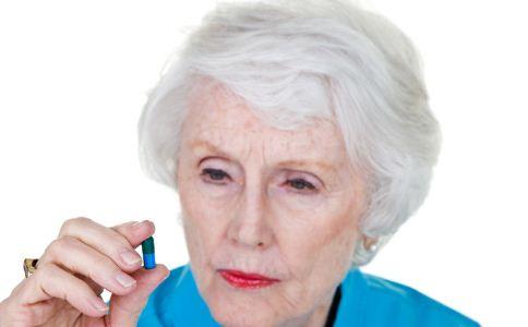 老人头晕 高血脂 贫血 颈椎病 脑动脉硬化