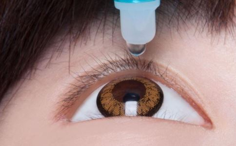 青光眼 眼睛胀痛 视力模糊 眼睛干涩胀痛 滴眼药水