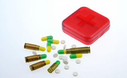 药品 药箱 软膏 气雾剂 药物 药品存放方式
