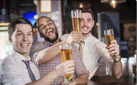 不育 酒精中毒 白血病 睾丸萎缩 阳萎