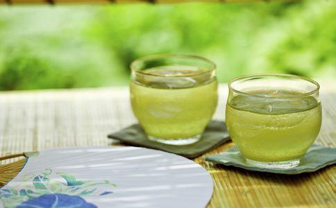 春天吃什么好 绿茶 大蒜 燕麦 橄榄油 小苏打水