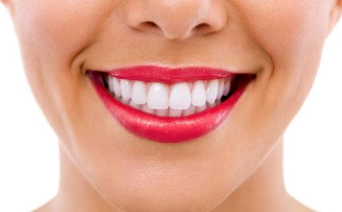 口腔扁平苔藓的临床表现有哪些
