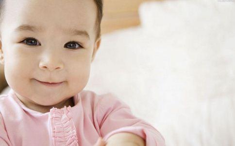 大宝宝 宝宝 尿床 尿路畸形 畸形 父母 排尿 年龄