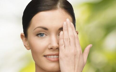 油性肌肤 拯救油性肌肤 油性皮肤 去角质 缩毛孔 防晒产品