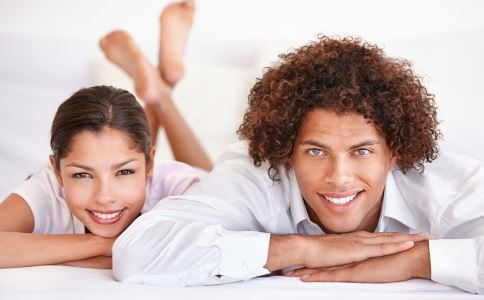 30岁男人 单身 30岁单身男人 同居 爱情 结婚 告别单身