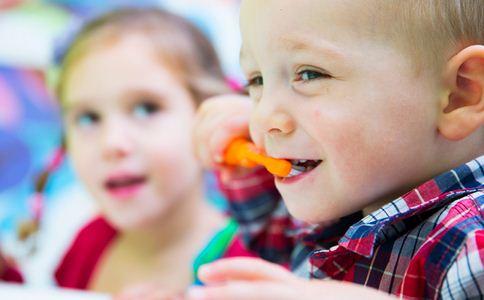 儿童口臭 儿童 口臭 口臭原因 口臭防治