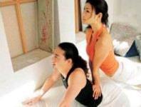 双人促性的瑜伽保健操