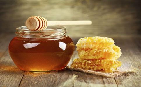 蜂蜜美容护肤小窍门-蜂蜜美容护肤的8个方法