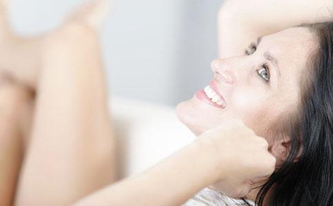 头屑多怎么办 有头屑的原因 头发的护理