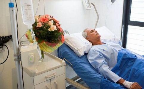 老人突然倒地 突然倒地急救 急救方法