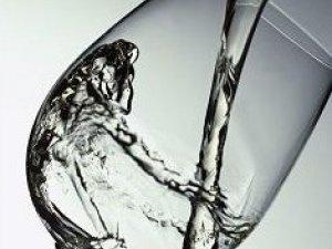 怀疑假酒中毒,如何饮用真酒当解毒剂?