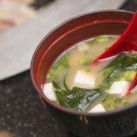 女性痛经多吃黄芪糯米粥