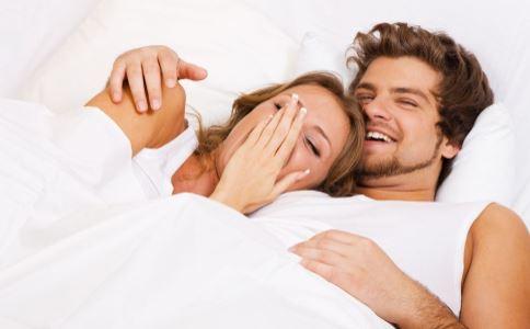 女人体臭的原因是什么?