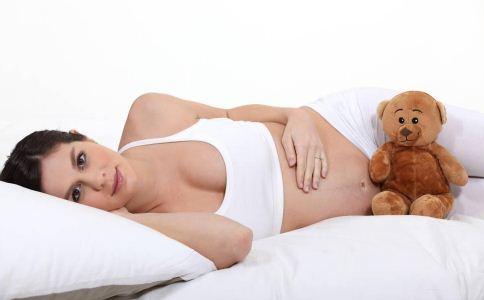 破腹产的注意 高龄产妇就要破腹产吗 高龄产妇要如何生产