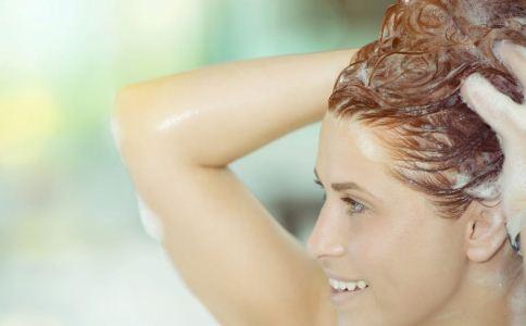 经期能洗头吗 经期洗头 来月经能洗头吗