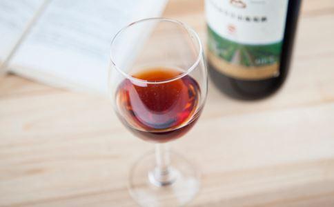 产后能喝葡萄酒吗 产后喝葡萄酒的好处 产后喝葡萄酒