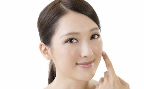 洗脸护肤 洗脸误区 洗脸护肤的错误方法