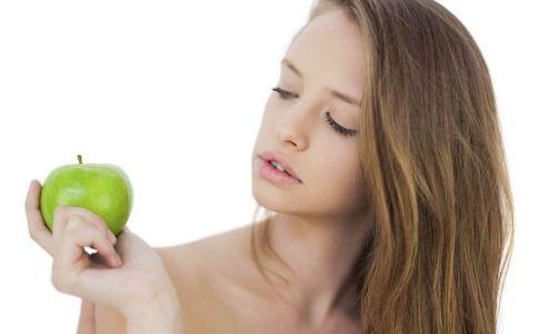 额头长痘的原因 鼻头长痘的原因 下巴长痘的原因 眉间长痘的原因