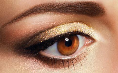 防治眉毛脱落 治眉毛稀少枯黄方法 让眉毛长黑长浓密的方法