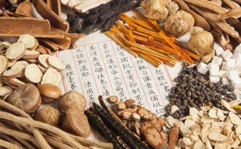 哪些中药能抗衰老 哪些中药能延缓衰老 女人吃什么能抗衰老