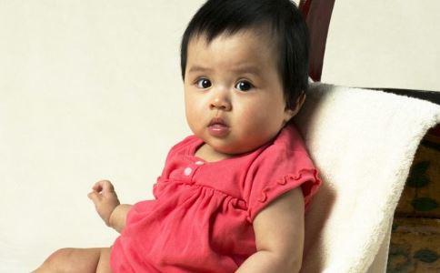 5个月的宝宝拉肚子怎么办 宝宝拉肚子吃什么药 宝宝拉肚子怎么办