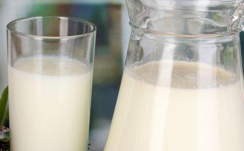 喝牛奶的注意 不适合喝牛奶的人 哪些人不适合喝牛奶
