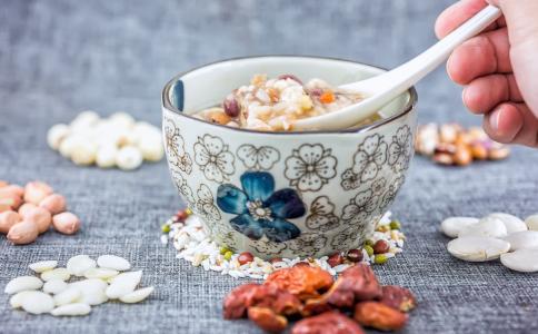 豆浆的营养价值 喝豆浆有什么好处 喝豆浆的禁忌