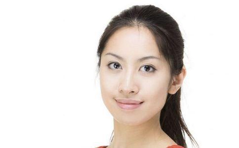 中国好声音学员丁丁卸妆后成屌丝(组图)