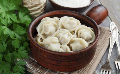猪肉莲菜饺子