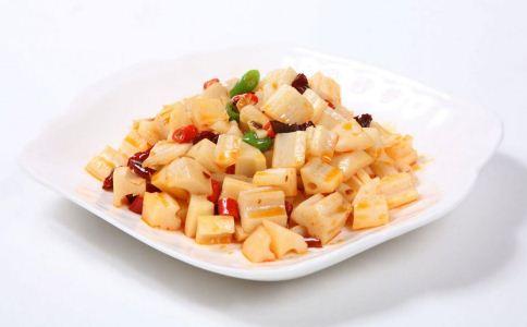舌尖上的中国美食 什锦酸辣藕丁的做法 什锦酸辣藕丁怎么做