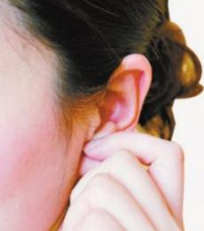 耳朵发红肾不好 肾不好的症状 耳朵老发红是怎么回事