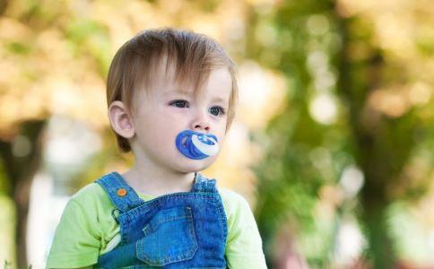 一岁宝宝玩什么玩具 一岁宝宝买什么玩具 适合一岁宝宝的玩具