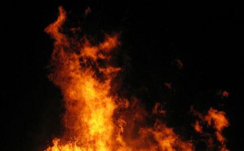 孕妇梦见在烧火煮饭