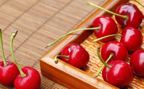 女人抗衰老吃什么 奔三的女人养生吃什么 女性抗衰老吃哪些蔬果