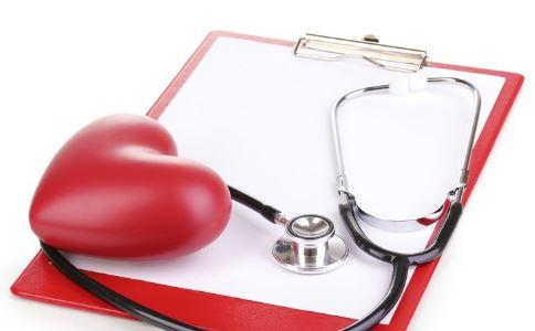 心脏病早期症状 心脏病先兆 心脏病的症状