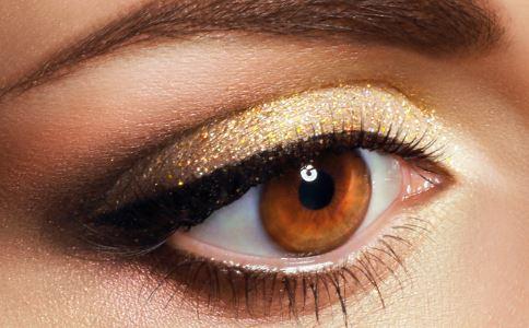 如何消除黑眼圈 怎样消除黑眼圈 有黑眼圈怎么办