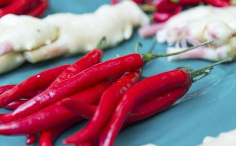 吃辣椒好处 辣椒的功效 预防帕金森