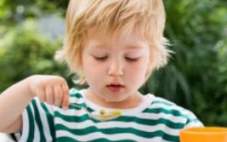 宝宝食欲不振 注意补充维生素!_0-1岁护理_育儿_99健康网