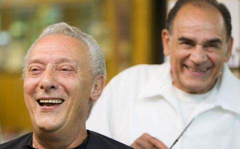 老人缺牙吃什么好 老人没有牙齿吃什么 老年人牙齿保健