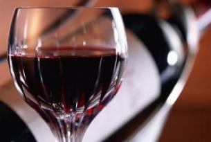 葡萄酒可以预防牙周病
