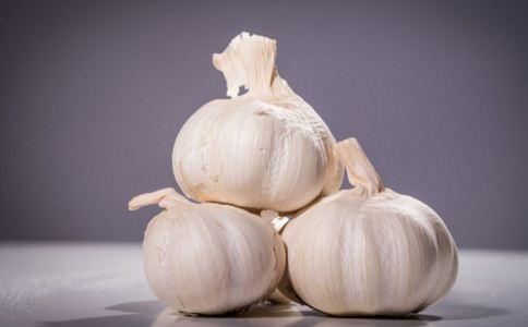 大蒜的功效 大蒜防癌怎么吃 怎么吃大蒜才能防癌