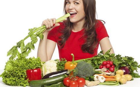 更年期女性便秘 为什么会导致更年期女性更年期便秘 饮食有哪些注意事项