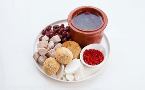枸杞海参猪肉饼 做枸杞海参猪肉饼的方法 枸杞海参猪肉饼怎么做