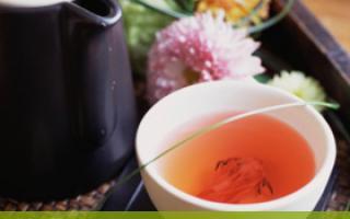 适合秋季喝的8种花茶_茶水_饮食_99健康网