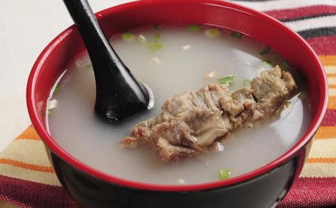 牛蒡煲猪骨 牛蒡煲猪骨的功效 牛蒡煲猪骨的做法