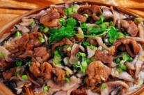 抗癌食谱:菇枣瘦肉饭