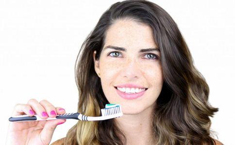 美白牙齿的方法 牙齿如何美白 美白牙齿要注意哪些
